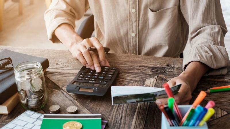 5 Tips Mengelola Keuangan Terbaik untuk Pemilik Usaha Kecil